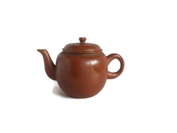 Bizen keramika červená hidasuki konvička